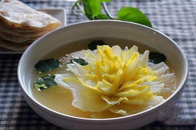 国宴一颗价值380元的白菜是怎么做出来的?