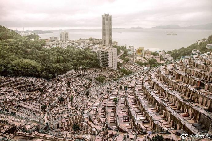 @塔影巷:香港墓地