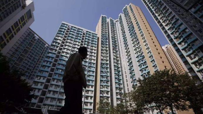 如果房价突然降一半,会对经济造成什么影响?