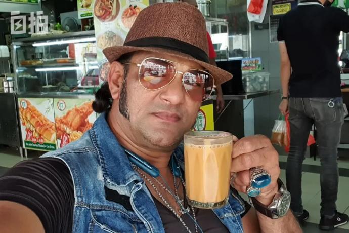"""我,印度裔,在新加坡修船半辈子,现在是""""饮茶哥"""""""