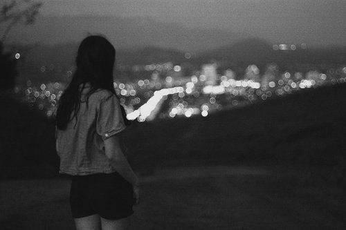 早安心语160831:我们笑着说再见,却深知再见遥遥无期
