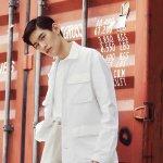 金泰焕白色衬衣三七分发型阳光帅气写真