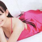 小嶋阳菜身穿性感蕾丝裙高清写真壁纸