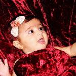大眼睛可爱女宝宝人体艺术摄影