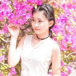 中国粉嫩少女户外写真人体艺术摄影