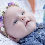 可爱白人女宝宝人体艺术摄影