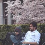 父与子促膝谈心人体艺术摄影