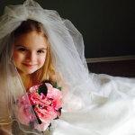 小萝莉婚纱人体艺术摄影