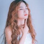 甜美女生人体艺术摄影