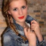 红唇白人美女人体艺术摄影