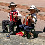 拉手风琴孩子人体艺术摄影