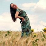 麦田美女写真人体艺术摄影