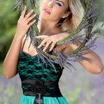 吊带裙美女人体艺术摄影