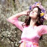 春天大自然风景美女人体艺术摄影