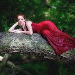 森林风性感美女人体艺术摄影