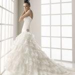 白色结婚婚纱人体艺术摄影