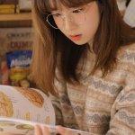 可爱校园美女学生妹私房文艺眼镜娘清纯迷情写真
