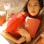 阳光美女可爱御姐妩媚表情妖娆姿态卧室清纯养眼写真