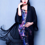美女明星安金莉娅气质优雅短裙迷人写真